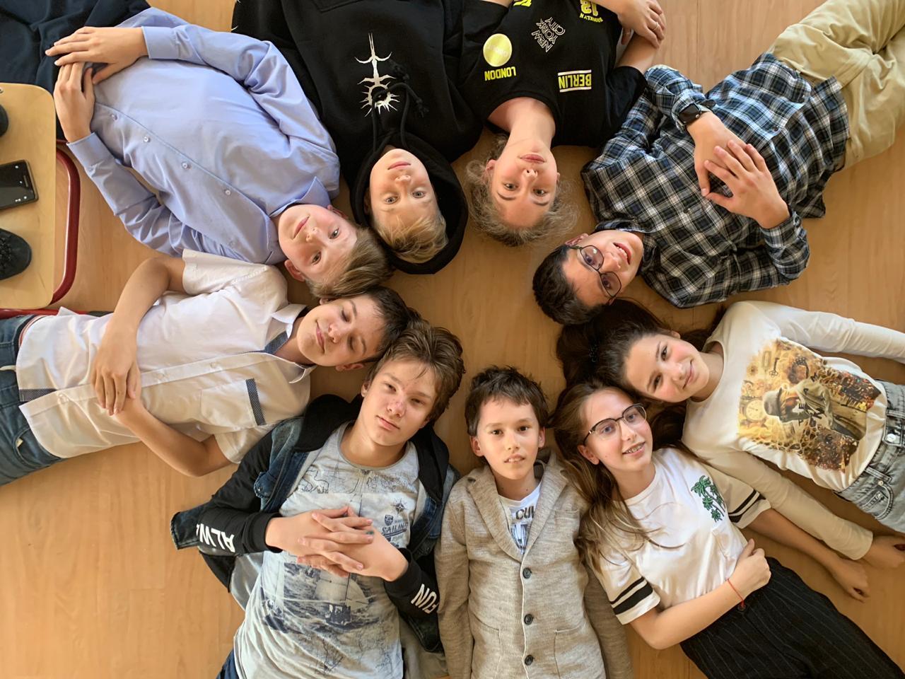 Школа «СОСНЫ» - Открыт набор  учащихся 1-11 классов!